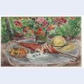 Vase de fleurs assiette de peches ombrelle et le figaro