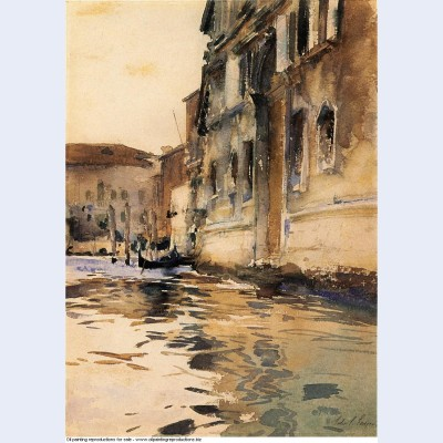 Venetian canal palazzo corner