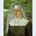 Bildnis einer ordensschwester in einem sommerlichen garten
